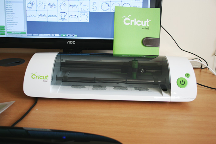Cricut Mini review - the good and bad | Crafting Fingers