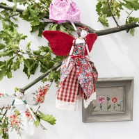 The Handmade Fair has gone festive - and I have a ticket offer for you