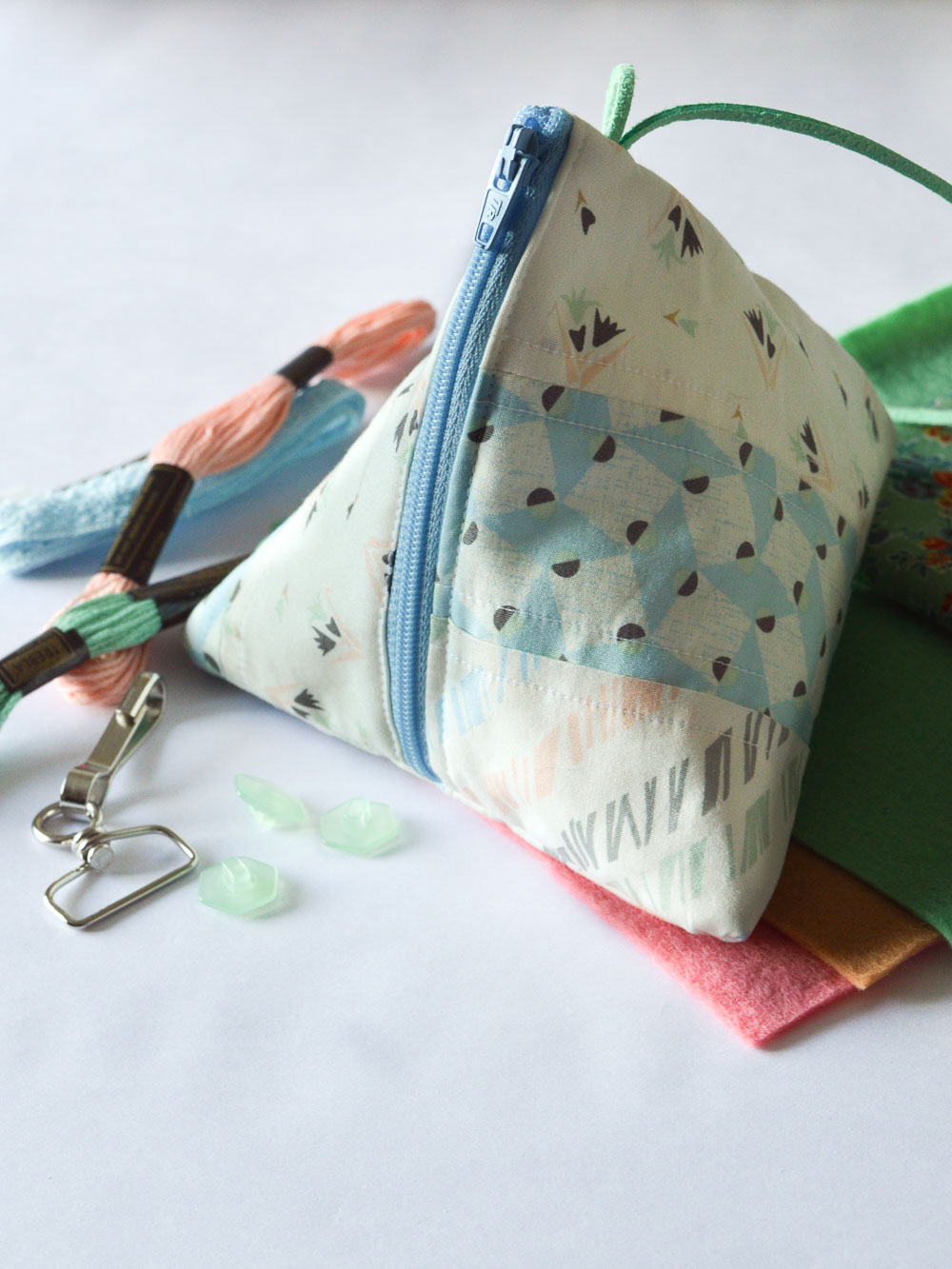 craftclubbox subscription review Crafting Fingers-2